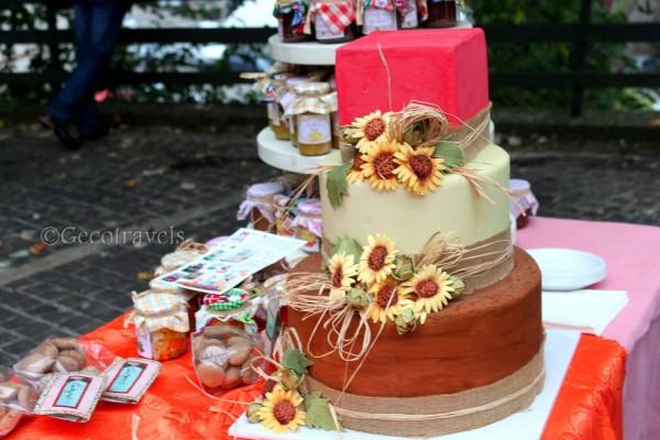 stand con torta