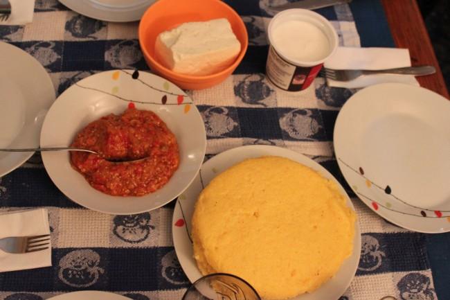 polenta con formaggi rumeni