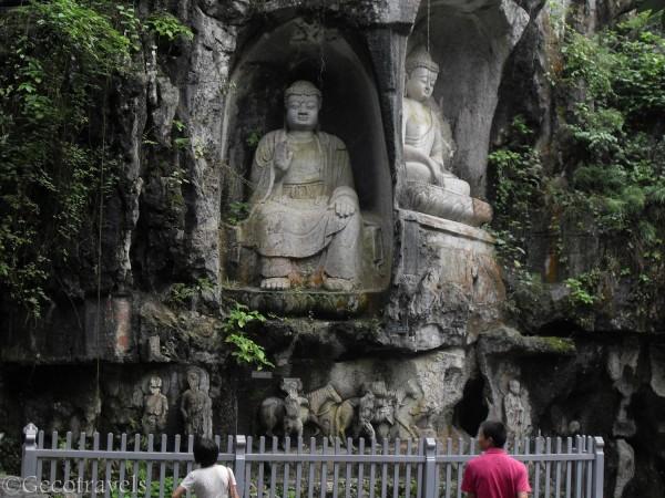 sculture nella roccia