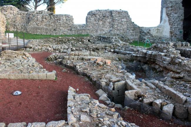 scavi archeoligici Rocca dei Papi