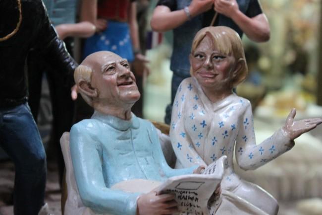 statuine di Raimondo Vianello e Sandra Mondaini