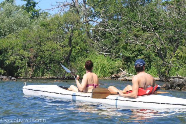 gita al lago in canoa