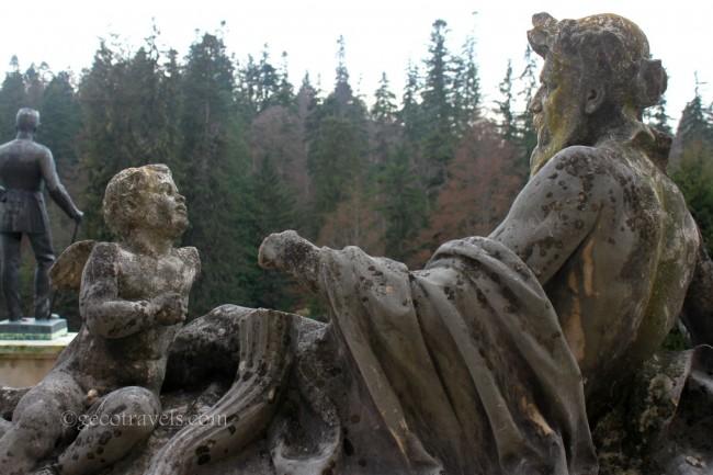 statue di castello Peles