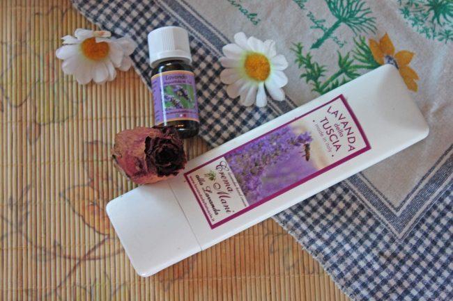 olio essenziale e crema alla lavanda