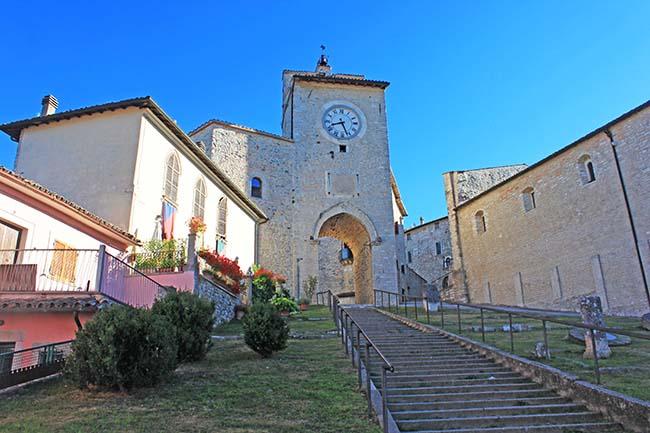 Torre dell'orologio a Monteleone di Spoleto