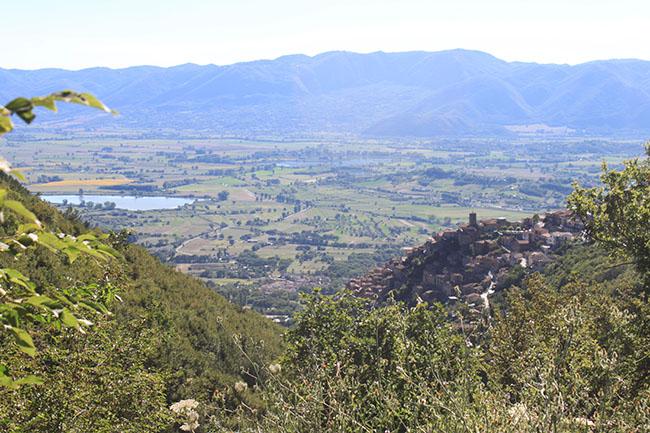 vista su valle reatina da Poggio Bustone