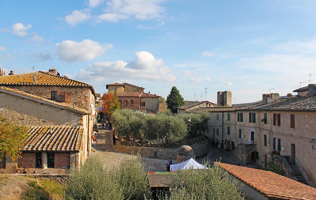 Una giornata a Monteriggioni: itinerario nelle colline del Chianti