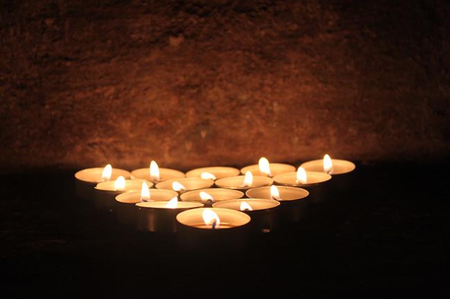 lumini alla notte delle candele