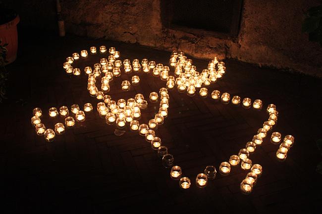 lumini a forma di angelo