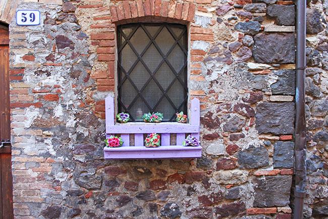 viuzze del borgo di Torre Alfina