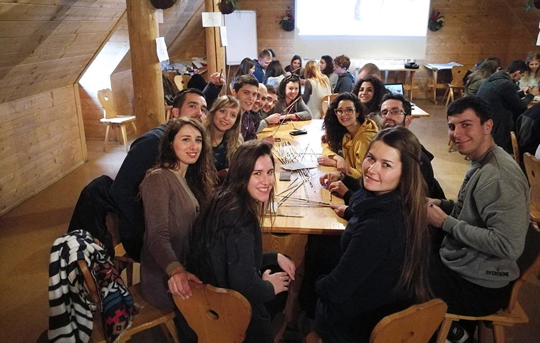 Viaggiare gratis? Si può con i progetti Erasmus Plus!