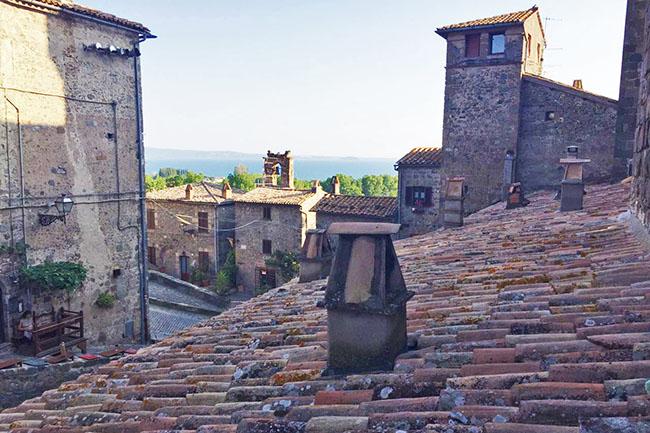 tetti del borgo di Bolsena
