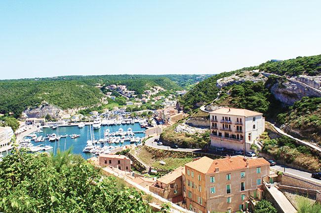 vista sul porto di Bonifacio