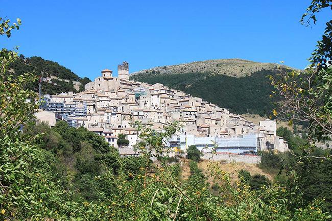 scorcio Castel del Monte