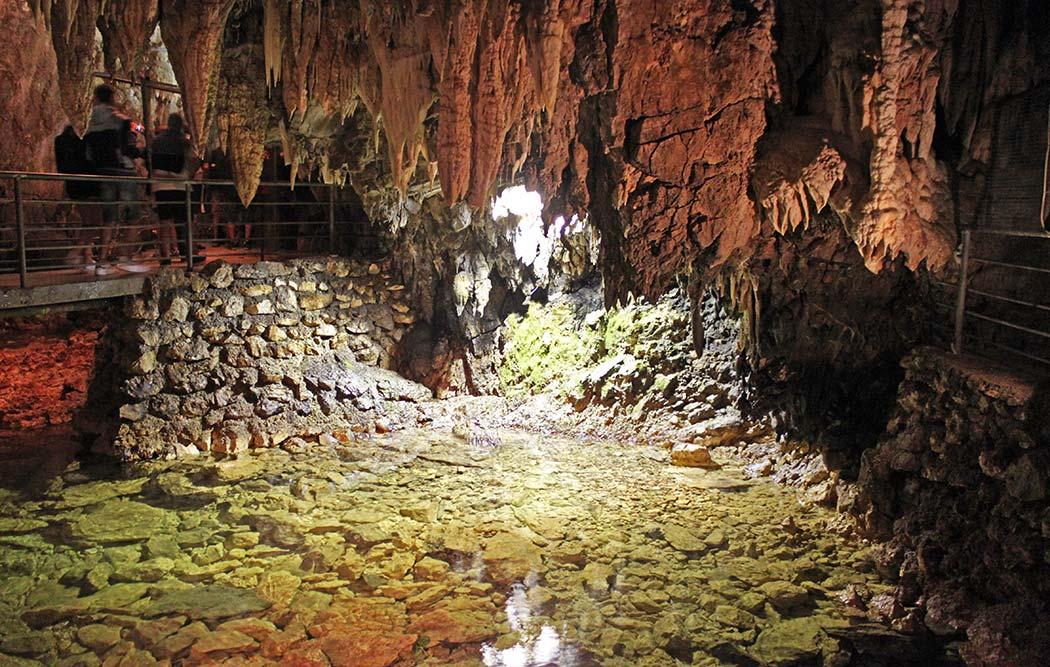 stalattiti delle grotte di Stiffe