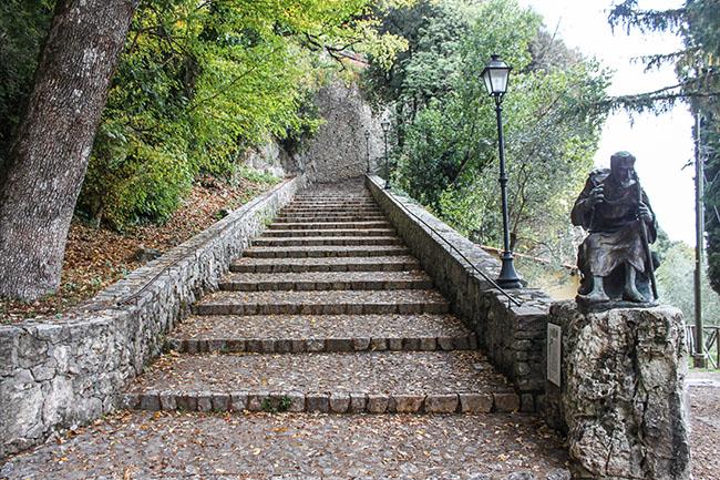 scalinata del santuario